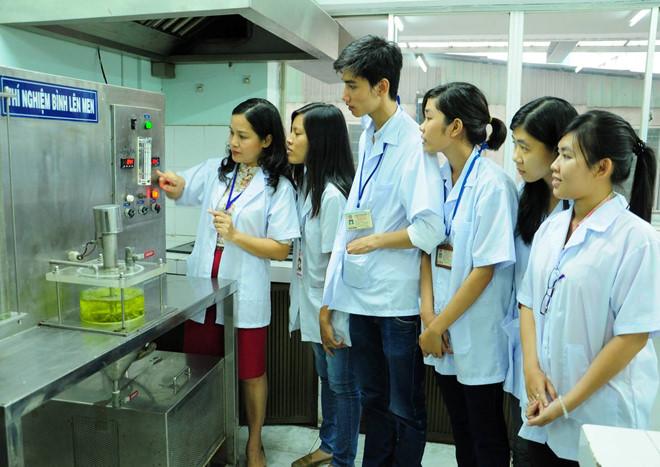 Chế biến và bảo quản thực phẩm là một lĩnh vực của ngành Công nghệ thực phẩm
