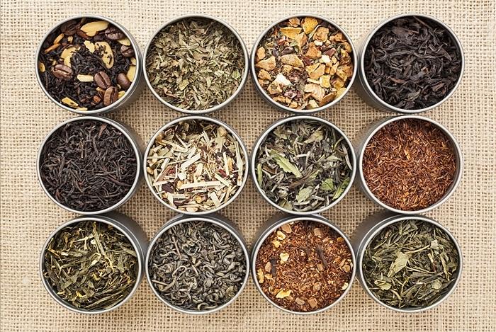 Các loại thảo dược sấy khô và gia vị thực phẩm