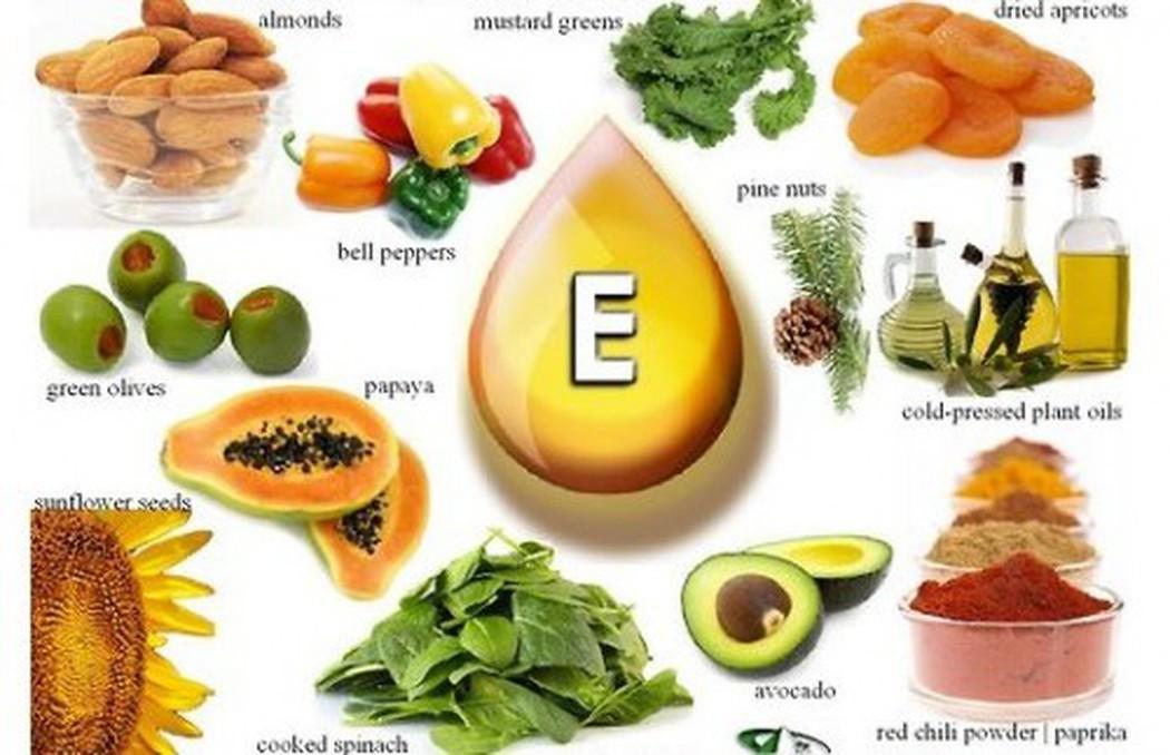 Thực phẩm giàu vitamin E đầu tiên cần kể đến chính là hạnh nhân.