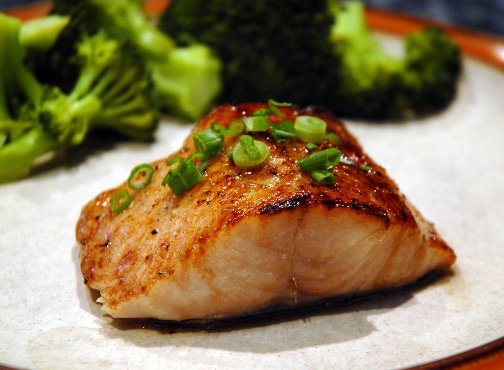 cá ngừ làm món gì ngon