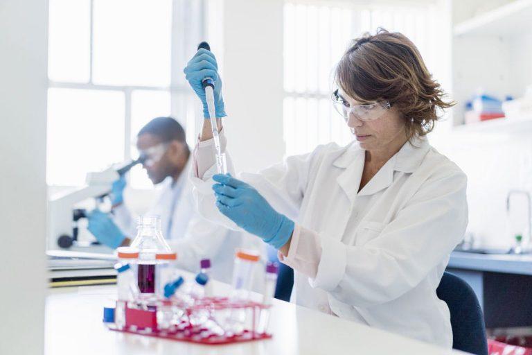 Ngành Kỹ thuật Xét nghiệm y học học trường nào tốt nhất?