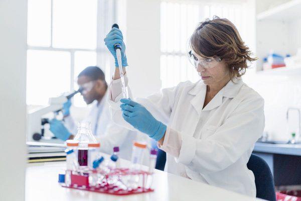 Kỹ thuật Xét nghiệm y học học trường nào